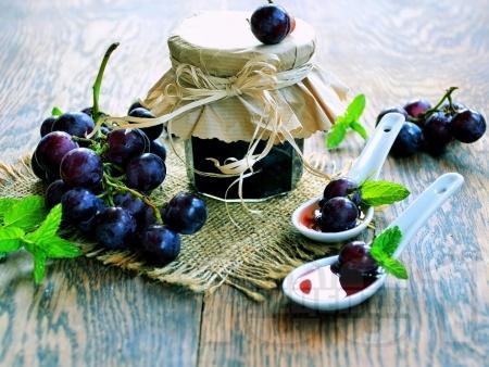Сладко от грозде (зимнина) - снимка на рецептата